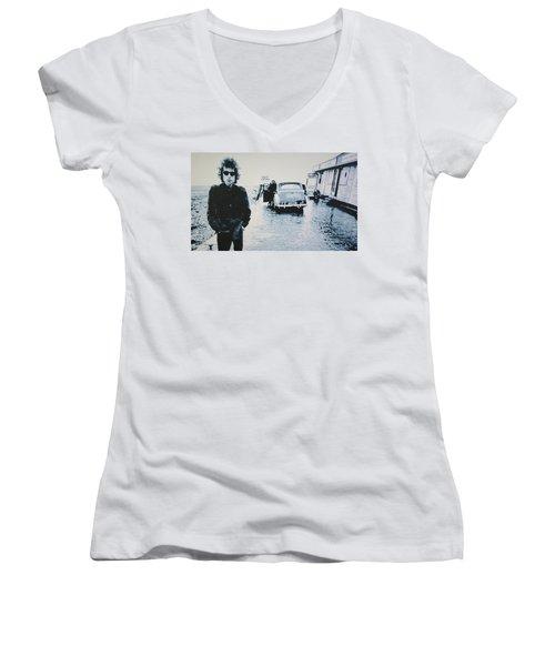 No Direction Home Women's V-Neck T-Shirt