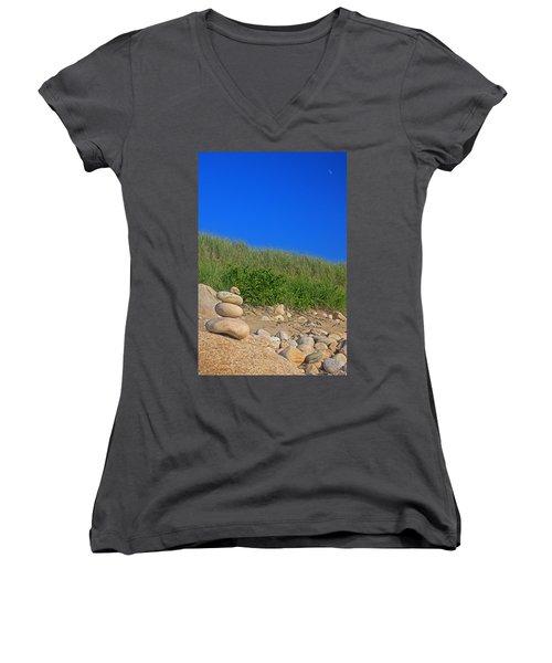 Cairn Dunes And Moon Women's V-Neck T-Shirt