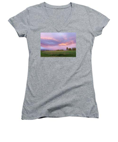 Montana Sunsets 3 Women's V-Neck