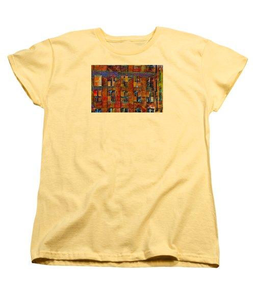 Avant-garde Building Women's T-Shirt (Standard Cut)
