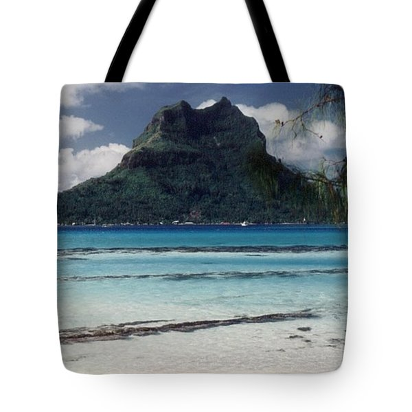 Tote Bag featuring the photograph Bora Bora by Mary-Lee Sanders