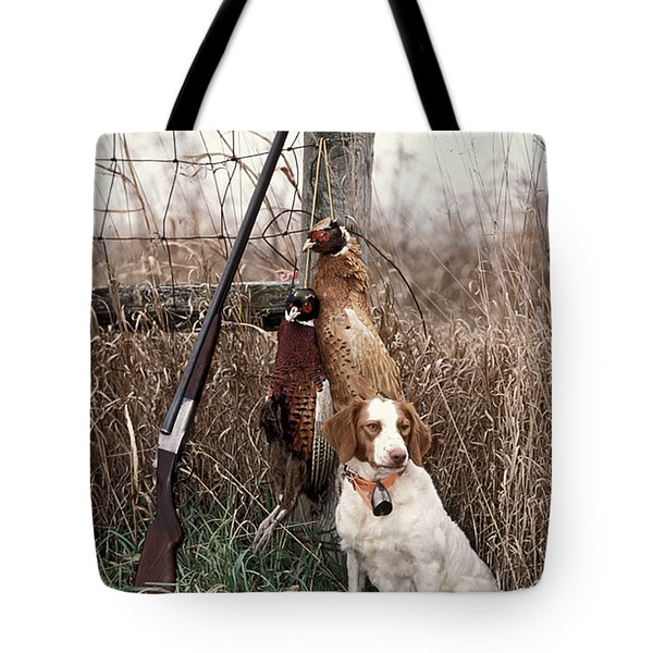 Brittany And Pheasants - Fs000757b Tote Bag