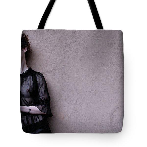 Iona Lynn 2-3 Tote Bag