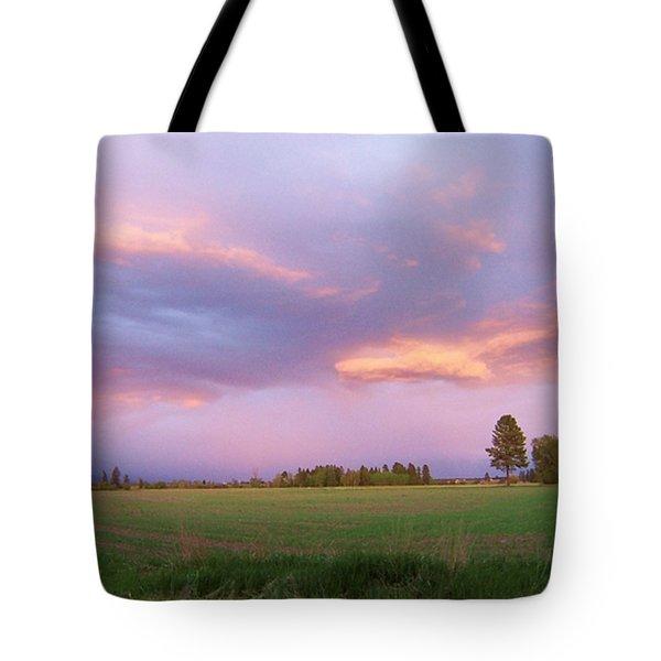 Montana Sunsets 3 Tote Bag