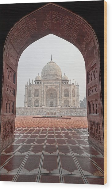 Taj Mahal - Color Wood Print