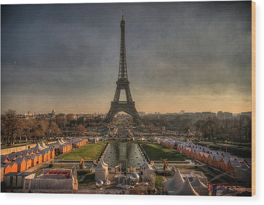 Tour Eiffel Wood Print by Philippe Saire - Photography