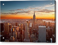 Sunset Over Manhattan Acrylic Print by Inigo Cia