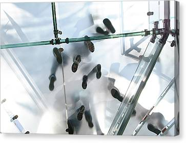 Apple Store In Manhattan Canvas Print by Nano Calvo