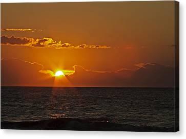 Sunrise At The Beach Canvas Print