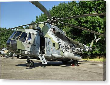 Mil Mi-17 Hip Canvas Print by Tim Beach