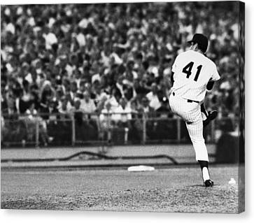 Tom Seaver (1944- ) Canvas Print by Granger