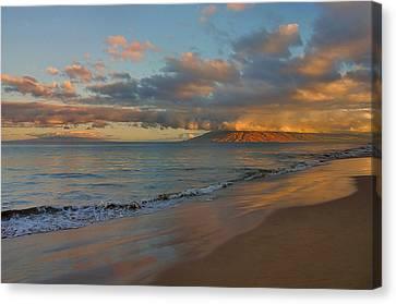 Maui Dawn Canvas Print by Stephen  Vecchiotti