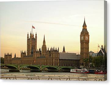 Houses Of Parliament From The South Bank Canvas Print by Sharon Vos-Arnold