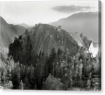 Stawamus Chief, Squamish, British Columbia, Canada, Tilt-shift Canvas Print by Brian Caissie