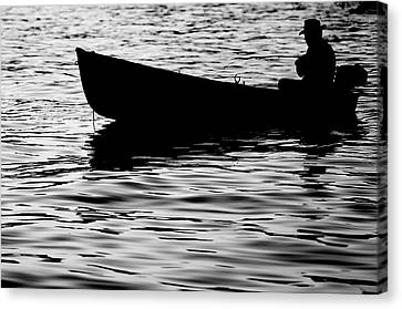 Canvas Print featuring the photograph The Old Fishermen by Pedro Cardona