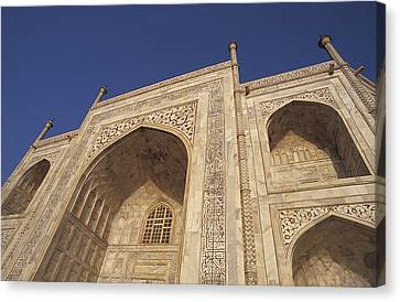 The Taj Mahals Pristine White Marble Canvas Print