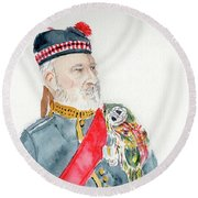 Round Beach Towel featuring the painting A Scottish Soldier by Yoshiko Mishina