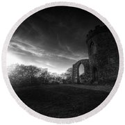 Bradgate Park At Dusk Round Beach Towel by Yhun Suarez