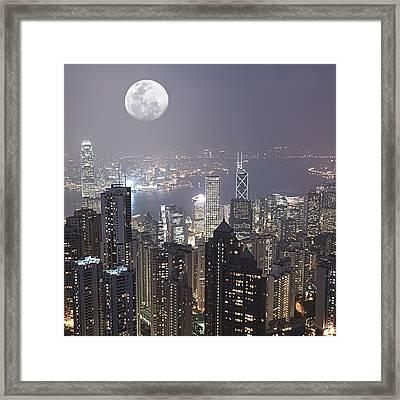 Hongkong Framed Print by MotHaiBaPhoto Prints