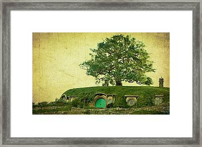 Bagend Homes Framed Print by Linde Townsend