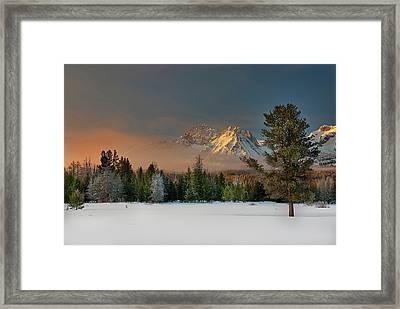 Sunrise Over Sawtooth Mountains Idaho Framed Print