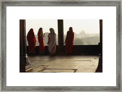 Women In Saris At The Famous Jama Framed Print by Justin Guariglia