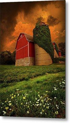 Red Barn Metal Prints