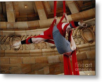 Aerial Ribbon Performer At Pennsylvanian Grand Rotunda Metal Print by Amy Cicconi
