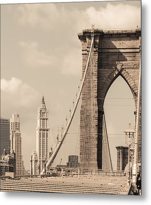 Brooklyn Bridge And Woolworth Building Metal Print