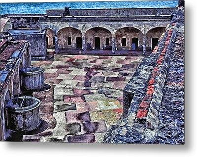 Castillo De San Cristobal Metal Print by Thomas R Fletcher