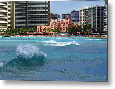 Royal Hawaiian Hotel Metal Print by Kevin Smith