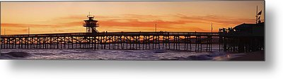 San Clemente Municipal Pier In Sunset Metal Print by Richard Cummins