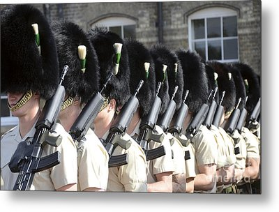 1st Battalion Welsh Guards On The Drill Metal Print by Andrew Chittock