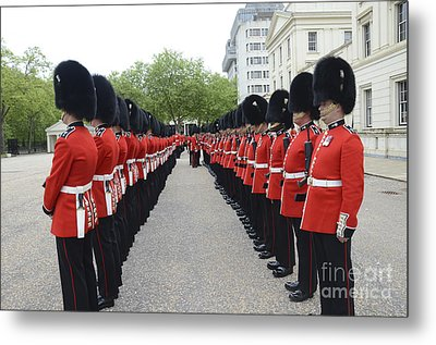 Welsh Guards Stand In Formation Metal Print by Andrew Chittock