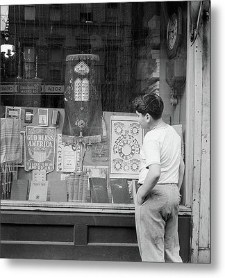 New York Storefront, 1942 Metal Print