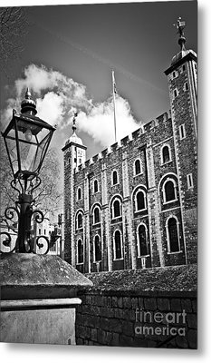 Tower Of London Metal Print by Elena Elisseeva