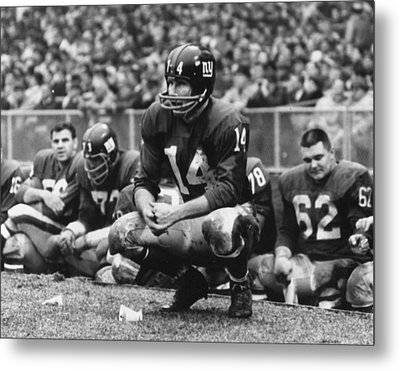 Y.a. Tittle Metal Print by Retro Images Archive