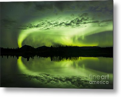 Aurora Borealis Over Fish Lake Metal Print by Joseph Bradley