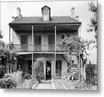 Metal Print featuring the photograph New Orleans House by Granger