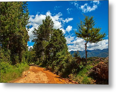 A Country Road In Colombia. Metal Print by Jess Kraft