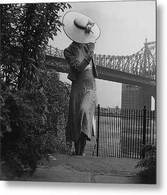 A Model In Front Of The 59th Street Bridge Metal Print