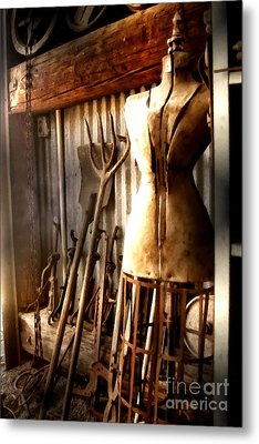 A Place To Be Metal Print by Barbara D Richards