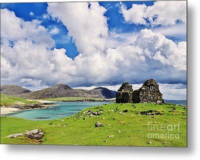 Metal Print featuring the photograph A Sunny Day In The Hebrides by Juergen Klust
