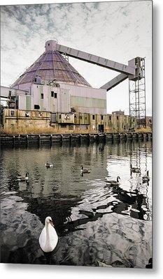 abandoned - Industrial - Swan song Metal Print by Gary Heller