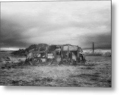 Air Stream Cannibalized Metal Print by Hugh Smith
