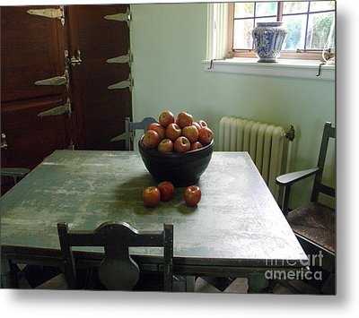 Metal Print featuring the photograph Apples by Valerie Reeves