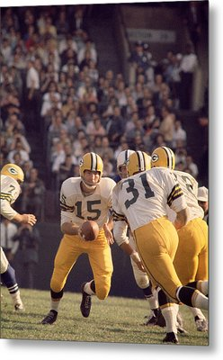 Bart Starr Hands Off To Jim Taylor Metal Print
