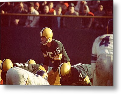 Bart Starr Looks Ahead Metal Print by Retro Images Archive