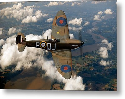 Battle Of Britain Spitfire Metal Print by Gary Eason