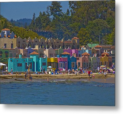 Metal Print featuring the photograph Beach Play by Tom Kelly